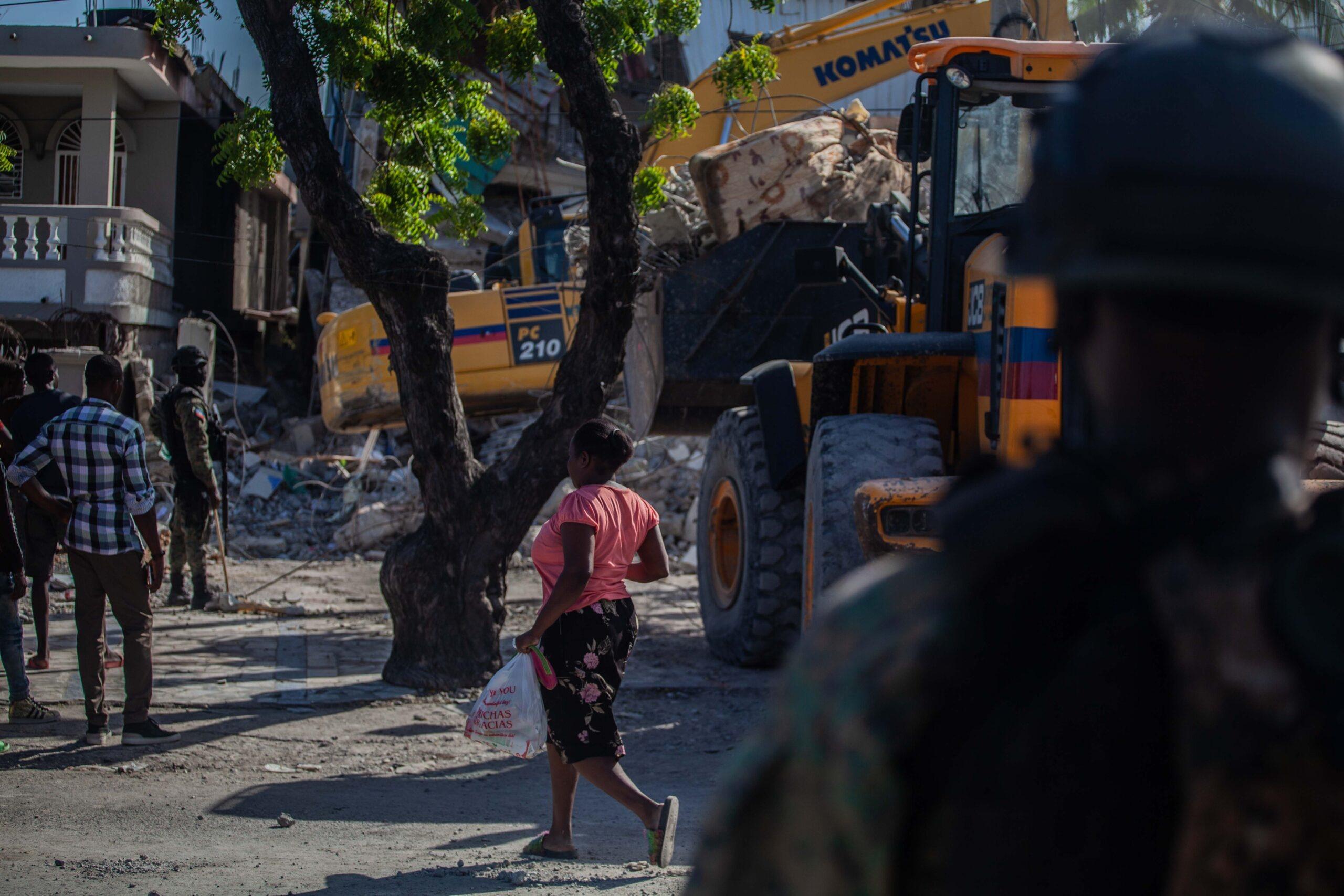 Séisme: 15 millions de dollars pour répondre aux besoins urgents de 385 000 victimes, estime l'UNICEF