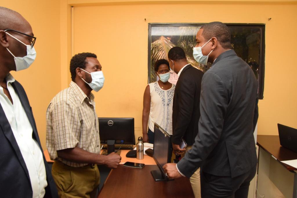 Le Directeur Général a.i. de l'ONA visite l'annexe de l'ONA à SONAPI