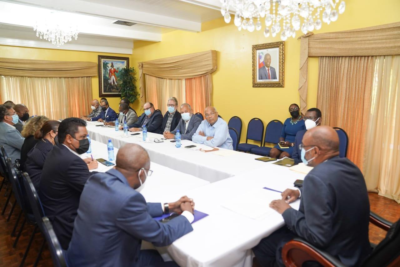 Séisme du 14 août: Ariel Henry et le secteur privé discutent de la coordination de l'action gouvernementale