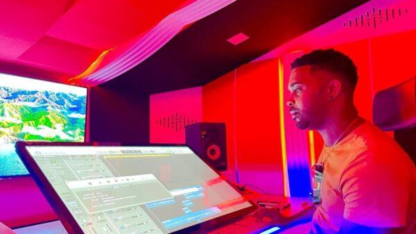 """Inauguration à Santo Domingo de """"Sound Studio 21"""", le nouveau studio d'enregistrement de T-Ansyto"""
