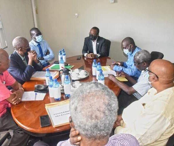 Rencontre de travail entre le Ministre de la culture et de la communication et l'INAMUH