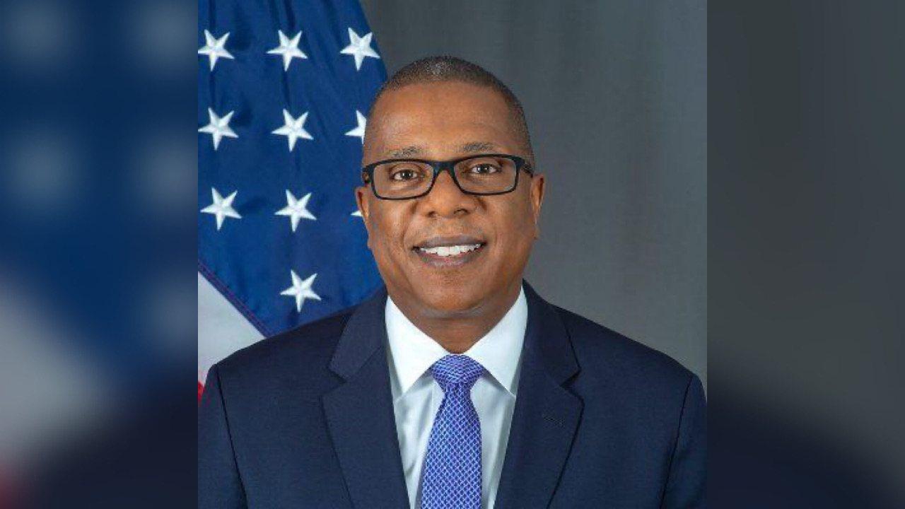 L'émissaire américain Brian A. Nichols précise son agenda à l'occasion de sa visite en Haïti