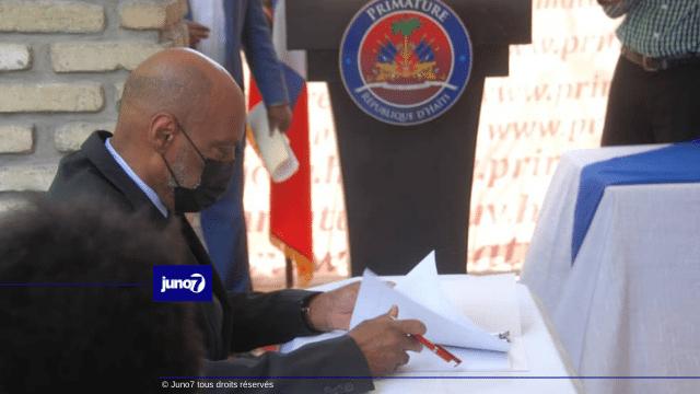 Signature de l'accord pour une «gouvernance apaisée et efficace» entre Ariel Henry et des partis politiques de l'opposition