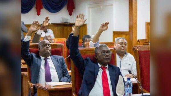 Le Sénat prône un large accord, adopté par la grande majorité du peuple haïtien