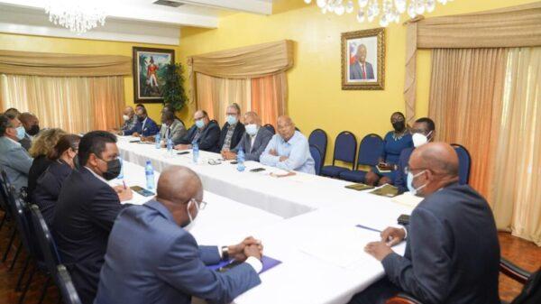 Les associations patronales invitent le PM Ariel Henry à une réunion- débat