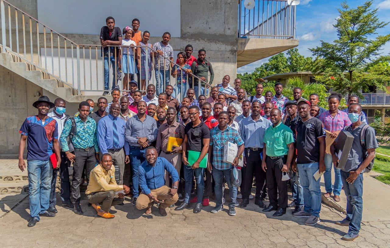 Haïti Efficace: une centaine d'enseignants formés sur les outils technologiques dans les Nippes