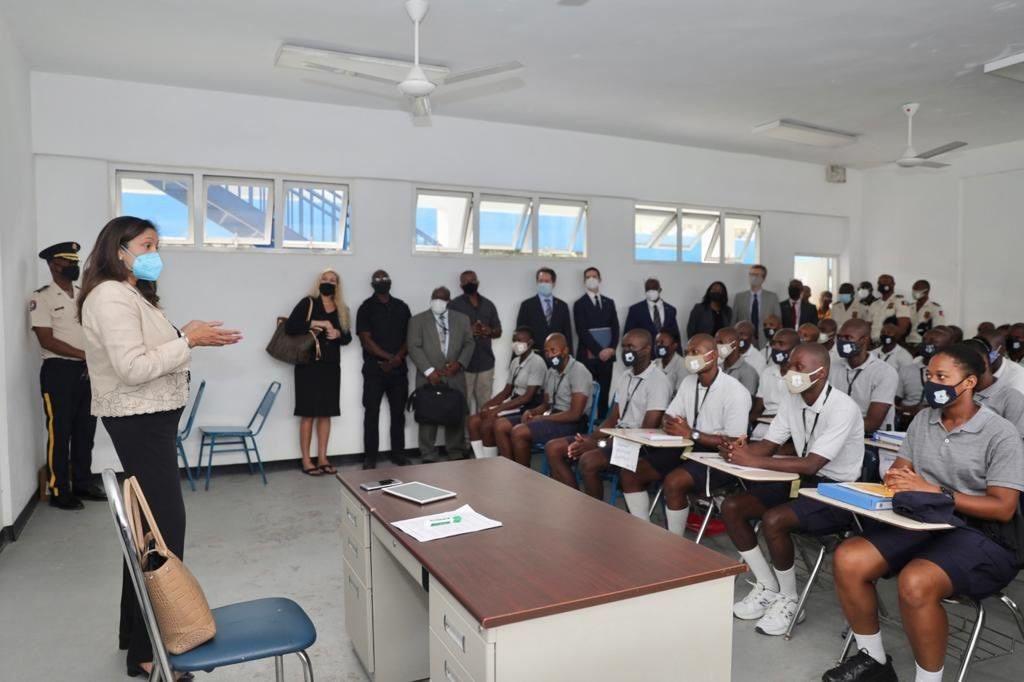 La sous secrétaire d'Etat Uzra Zeya accompagnée du DG a.i de la PNH a visité l'ANP